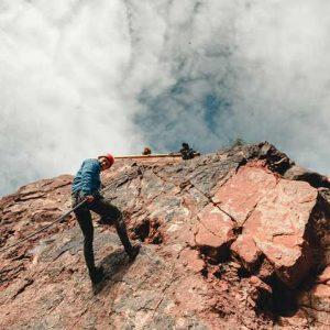 Canyoning en Valle Grande, circuito de trekking y rappel en el cañón del atuel
